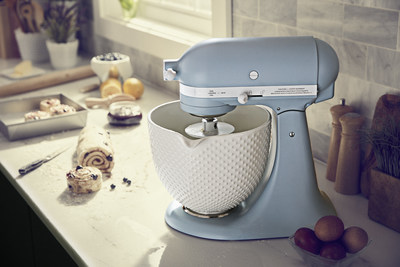 Evoke a classic style with our limited edition Misty Blue finish, which is reminiscent of one of the first KitchenAid® Stand Mixer colors ever introduced. Debuting in September 2018 as a prelude to the 2019 100 Year Celebration, Misty Blue is a soft blue color with a hint of green that celebrates the rich heritage of KitchenAid and its 100 years of making.