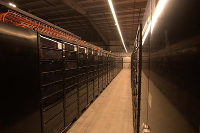 Powin Energy installed the largest energy storage project in Canada with a capacity of 8.8 MW/40.4MWh to provide ancillary services to The Independent Electricity System Operator (IESO).
