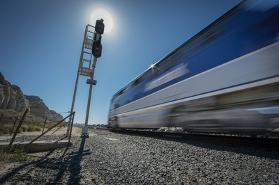 Amtrak Pacific Surfliner and CAOL seek to reduce collisions, injuries and fatalities at rail grade crossings and on railroad rights-of-way through education, engineering, and enforcement.