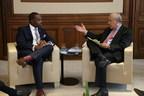 """Premierminister Burt legt auf dem OECD-Gipfel in Paris den """"Bermuda-Standard"""" für Fintech fest"""