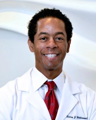 Riley Williams, MD | Orthopaedic Surgeon Hospital for Special Surgery | New York, NY Medical Director & Head Team Orthopedic Surgeon: Brooklyn Nets (NBA) New York Red Bulls (MLS)
