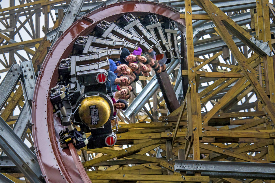 Steel Vengeance, the record-breaking hyper-hybrid coaster at Ohio's Cedar Point, was named Best New Ride at Amusement Today's annual Golden Ticket Awards.
