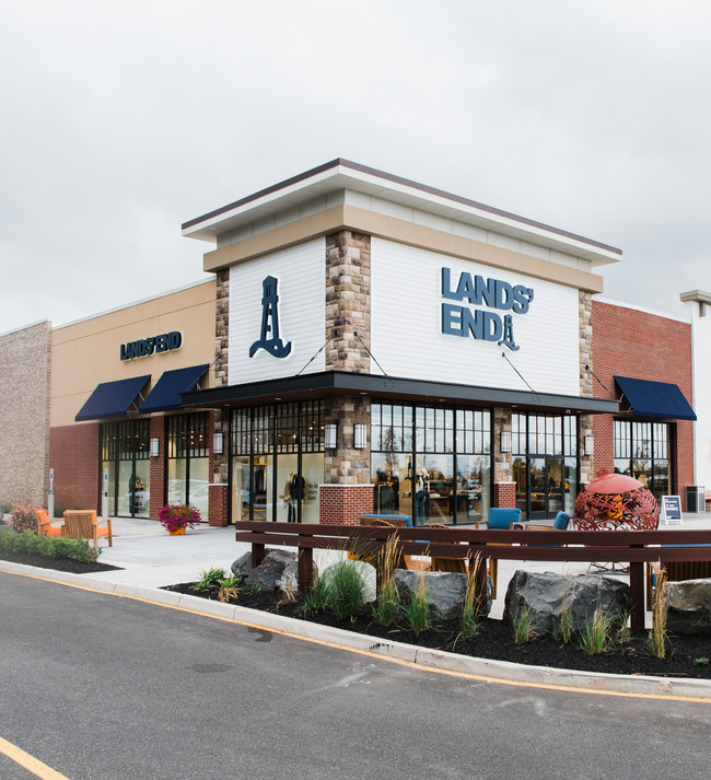 Lands' End opens its first standalone store in New Jersey at Chimney Rock Crossing in Bridgewater.