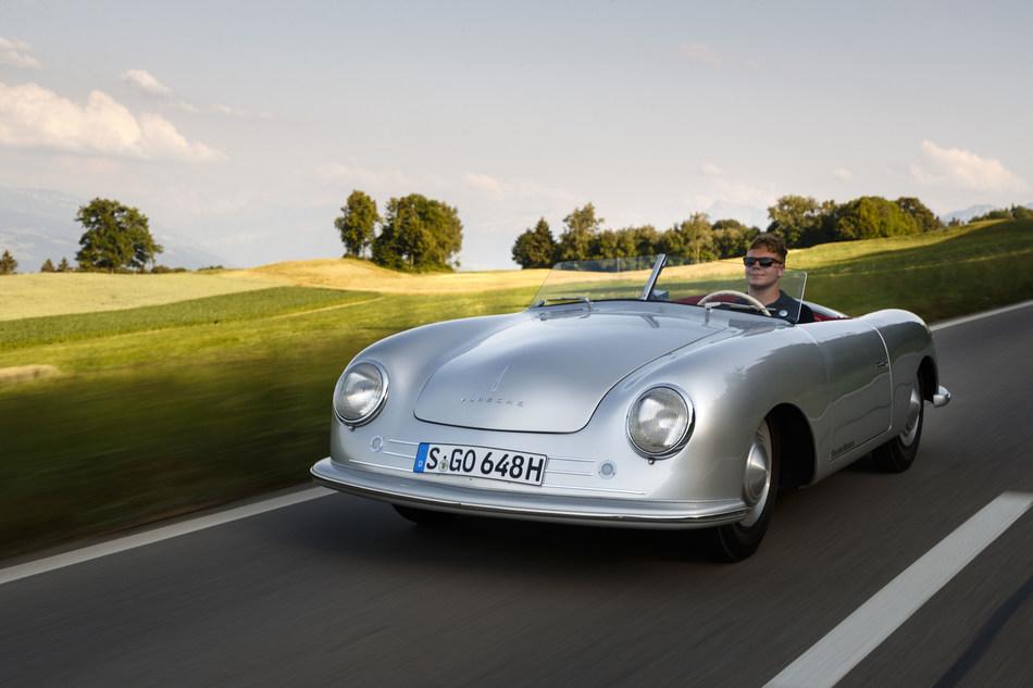 356 No.1 Roadster (CNW Group/Porsche Cars Canada)