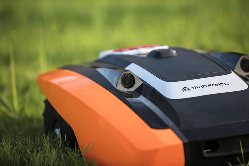 Ultrasonic sensor in Yard Force AMIRO City Mower