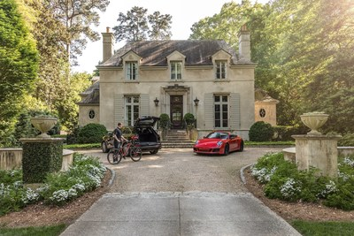 Porsche Drive, Cayenne and 911