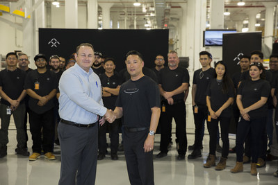 City Manager of Hanford CA Darrel Pyle and FF HR Manager Vince Nguyen lead the celebration at Hanford factory for new hires (PRNewsfoto/Faraday Future)