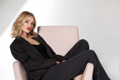 Rosie Huntington-Whiteley, Beauty Ambassador, bareMinerals