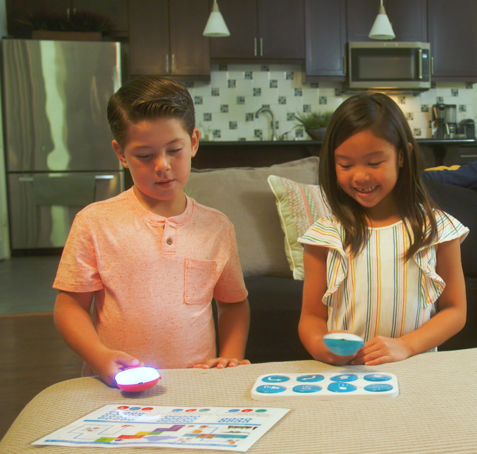 Robotix unveils world's first Screen-Free tech Toy (PRNewsfoto/Robotix Learning Solutions Priva)
