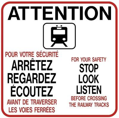 Panneau lumineux de signalisation bientôt installé aux gares de Bois-Franc, Roxboro-Pierrefonds et Du Ruisseau. Une fois installé, le contour du panneau clignotera. (Groupe CNW/Ville de Montréal - Arrondissement de Saint-Laurent)