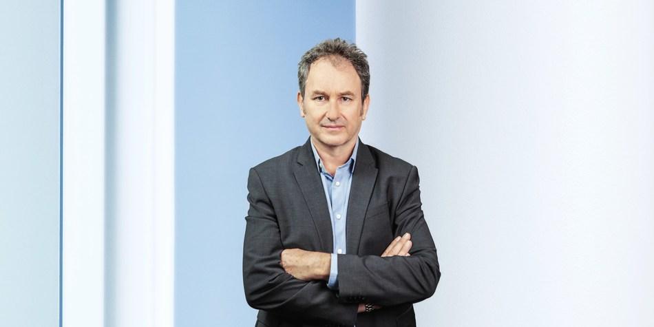 Steve Packwood, Global Head of Pre-Sales at CellPoint Mobile