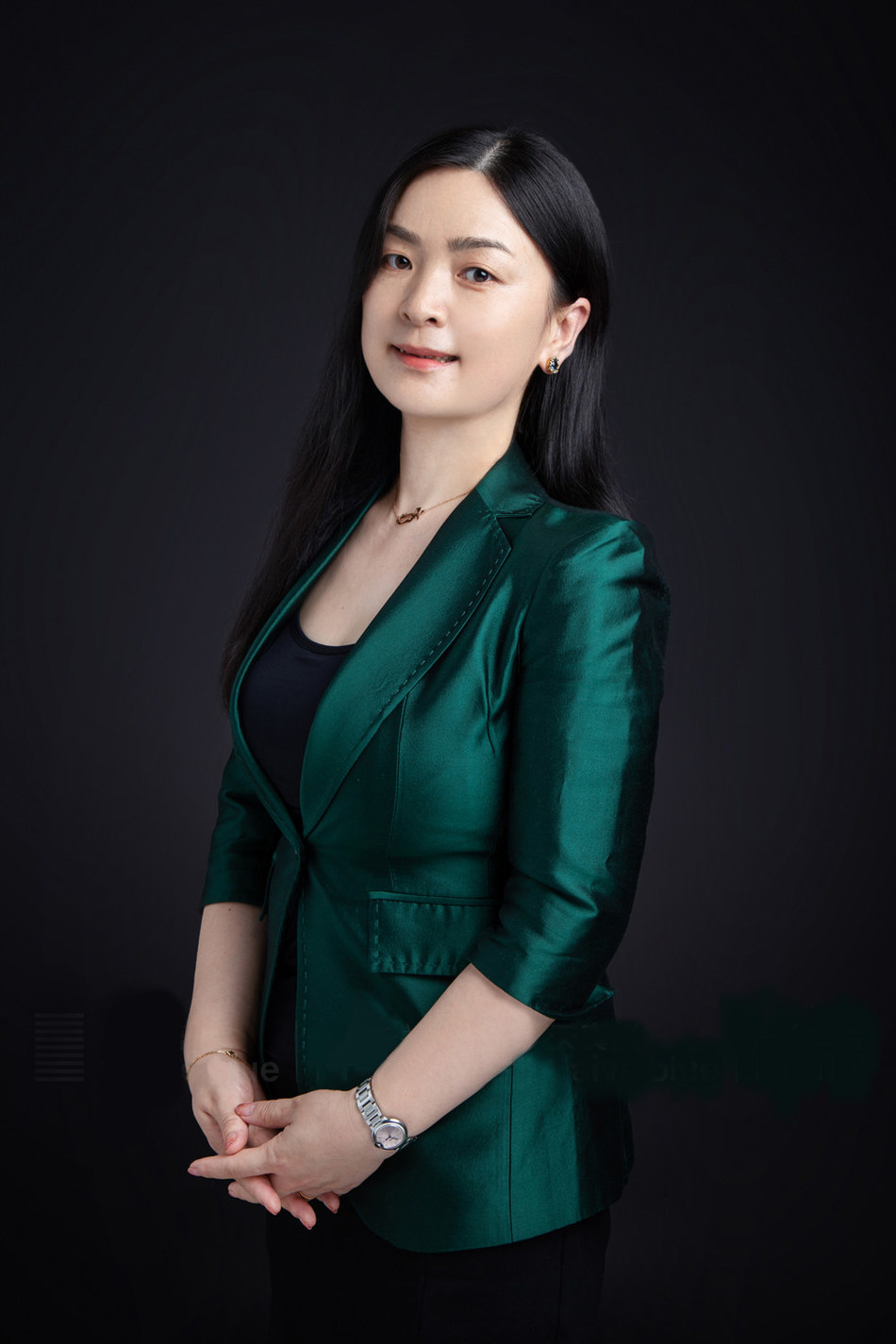 Ms. Wendy Wang, CEO of SIMCom Wireless Solutions Co., Ltd. (PRNewsfoto/SIMCom)
