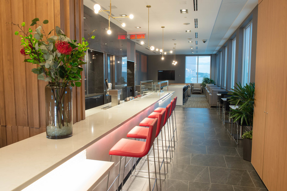 Air Canada Unveils New Maple Leaf Lounge at Saskatoon's John G. Diefenbaker International Airport (CNW Group/Air Canada)