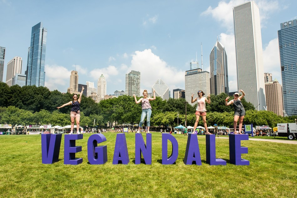 Photo from third annual Vegandale Chicago (CNW Group/The 5700 Inc.)