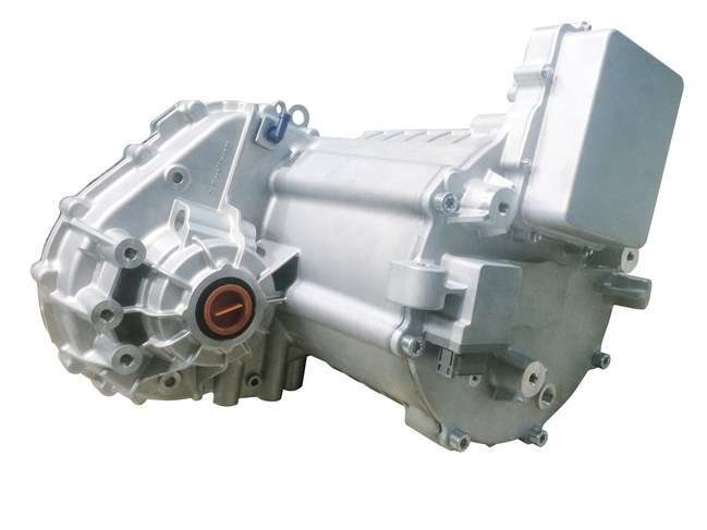 Featuring a compact and lightweight design, BorgWarner's eDM improves efficiency and provides a comfortable driving experience for hybrid or pure electric vehicles.