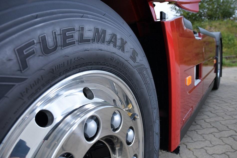 Goodyear FUELMAX S Performance steer tyre (PRNewsfoto/Goodyear)