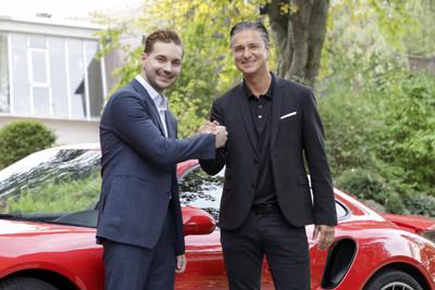 Vitaly Ponomarev (WayRay CEO) and Lutz Meschke (Porsche Deputy Chairman - right)
