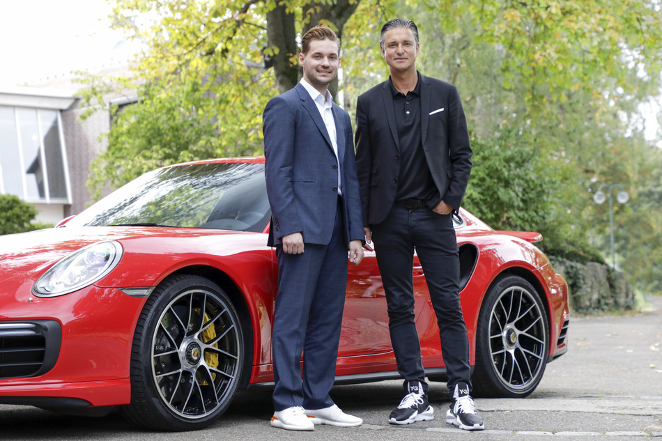 Vitaly Ponomarev (WayRay CEO) and Lutz Meschke (Porsche Deputy Chairman) WayRay CEO Vitaly Ponomarev
