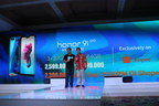James Yang President of Honor Indonesia (on the left) and Chris Feng Global CEO of Shopee Group (on the right) announcing the price of Honor 9i in Indonesia