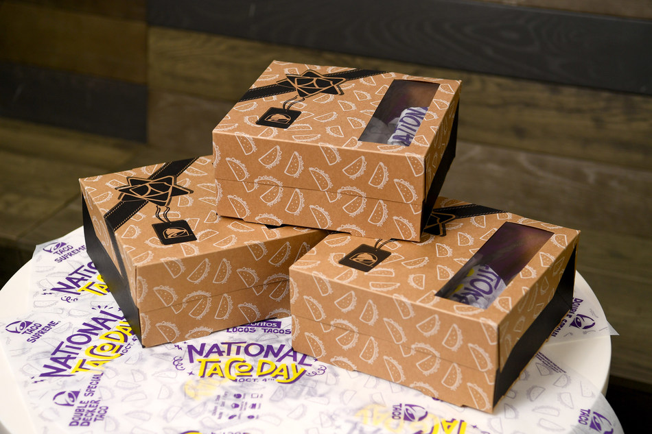 U.S. fans can look forward to the return of the $5 National Taco Day Gift Set to Taco Bell restaurants nationwide on October 4.