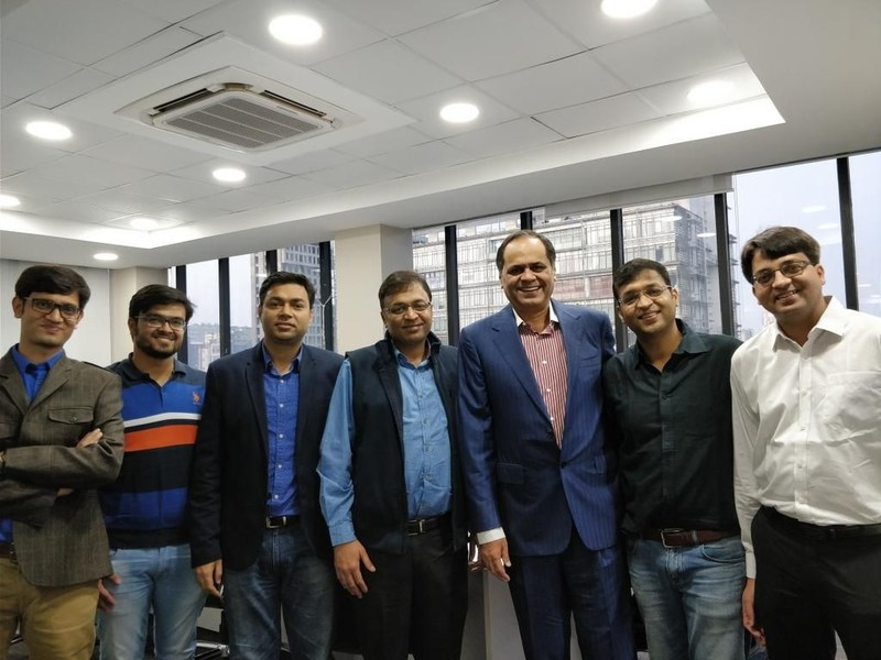 Ace Investor Mr. Ramesh Damani (third from right)  Makes a Pre-Series A Investment in Kredent InfoEdge Pvt. Ltd., a Leading FinTech Startup From Kolkata (PRNewsfoto/Kredent InfoEdge Pvt. Ltd.)