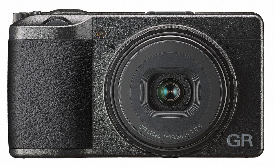 The RICOH GR III is the newest model of the popular RICOH GR series. It combines exceptional image quality in a compact, lightweight body ideal for street photography, travel and capturing candid images.