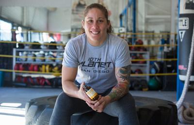 HempMeds (R) Spokesperson and First American Woman UFC Fighter Liz Carmouche