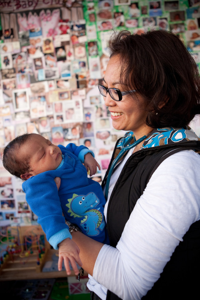 Jasmin Tecson, RM, one of many midwife applicants to the case brought to the Human Rights Tribunal of Ontario (HRTO). (CNW Group/Association of Ontario Midwives)