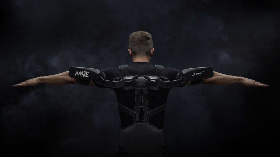 MATE, Comau lightweight wearable exoskeleton fit for workers (PRNewsfoto/Comau)
