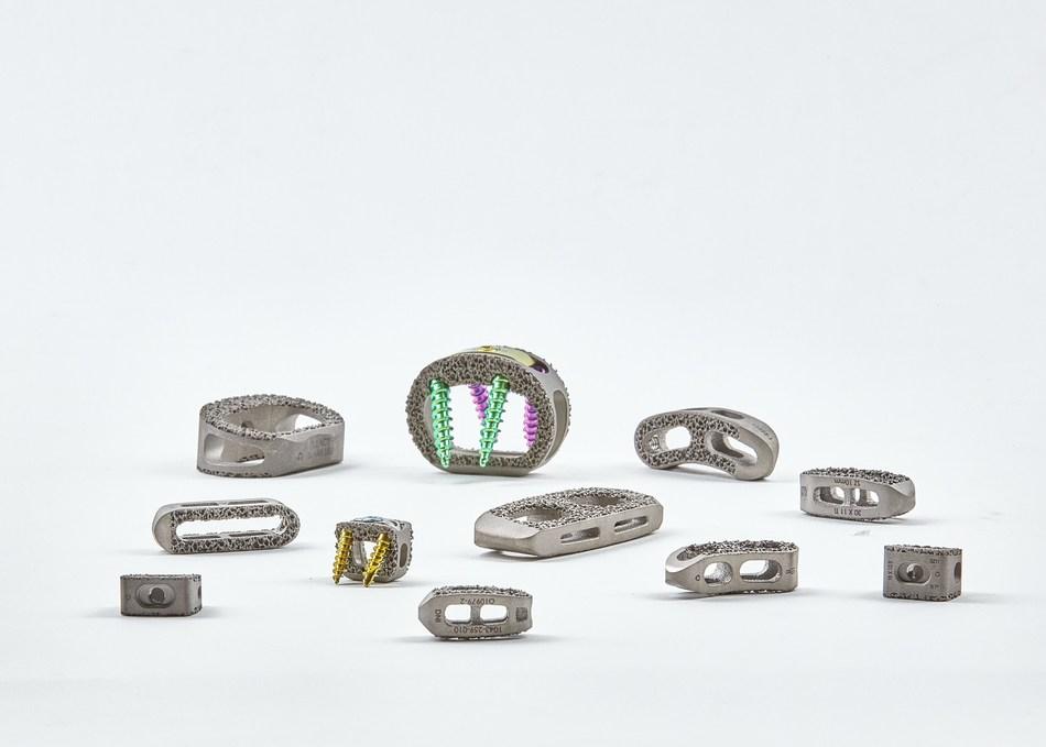 Tesera® X Lateral Interbody Implant - 3D printed porous titanium