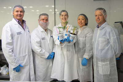 NC Commercial Cannabis Production student Elizabeth Foley (middle) displays cannabis plants donated to the program by Up Cannabis, alongside (L-R) Bill MacDonald, NC's Commercial Cannabis Production program coordinator, Al Unwin, associate dean of environment and horticulture, Ruth Chun, general counsel for Up Cannabis and Newstrike Brands, and Sean Sinclair, project manager for Up Cannabis. 50 plants were donated to enhance the hands-on learning opportunities students receive through the program. (CNW Group/Newstrike Brands Ltd.)