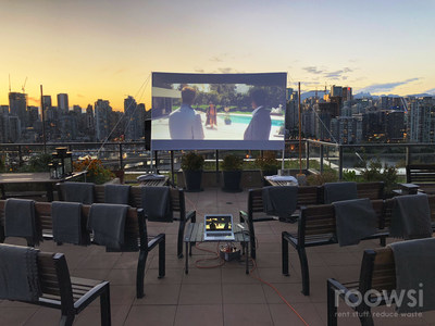 Roowsi: outdoor movie night with the beautiful Vancouver skyline. (CNW Group/Roowsi)