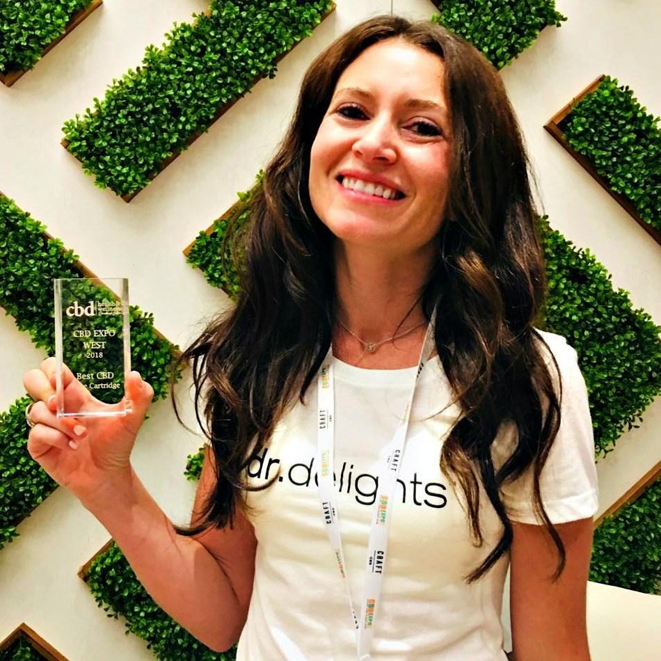 Dr. Delights co-founder and product designer Rose Burnett accepted the Best CBD Vape Cartridge award at CBD Expo West 2018.