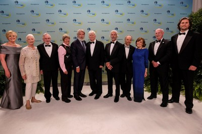 Actor and environmentalist Harrison Ford, center left, with 2018 Indianapolis Prize winner Russ Mittermeier, center right, and the finalists and hosts at the 2018 Indianapolis Prize Gala at the JW Marriott on Saturday, Sept. 29, 2018, in Indianapolis. Ford is the 2018 recipient of the Jane Alexander Global Wildlife Ambassador Award. (Photo by AJ Mast/Indianapolis Prize via Invision/AP Images)