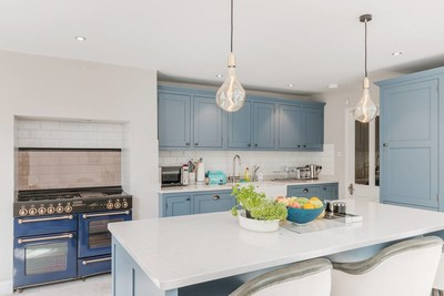Tribute Portfolio Homes feature full kitchens, some similar to this chef's kitchen in a bright and airy flat in London.