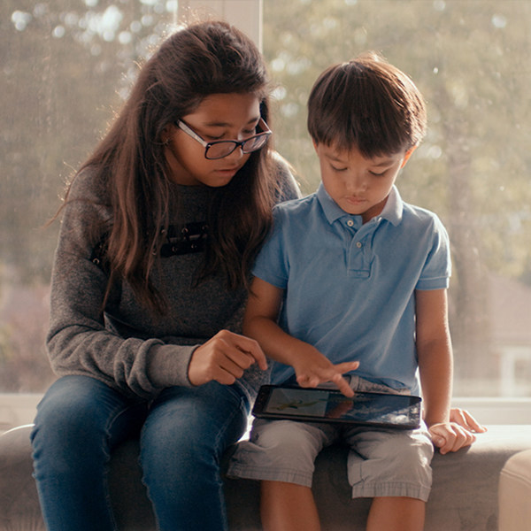 Samsung Canada and Autism Speaks Canada Launch 2018 Campaign, Learn the Love Spectrum (CNW Group/Samsung Electronics Canada)