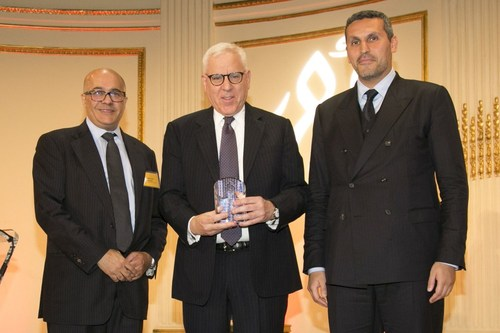 (left to right): Mahmoud Mamdani, Chairman of ABANA and Vice Chairman & Managing Director at Morgan Stanley, David M. Rubenstein, Co-Founder and Co-Executive Chairman of The Carlyle Group, Khaldoon Al Mubarak, Group Chief Executive Officer and Managing Director of Mubadala Investment Company (PRNewsfoto/ABANA)