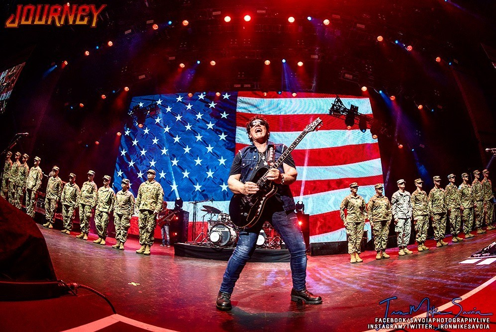 Neal Schon Plays Star Spangled Banner During July 4th Tribute