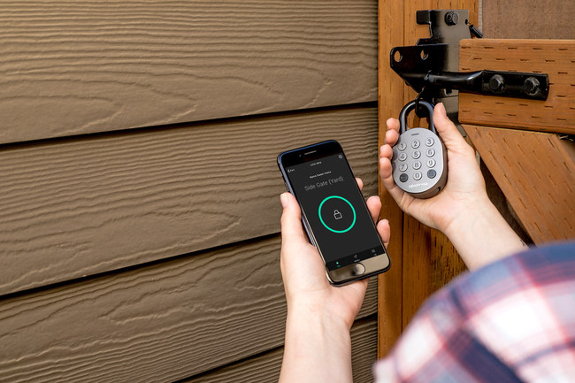 Featuring an innovative PIN code technology that allows owners to grant remote access without users needing to download an app, the igloohome Smart Padlock is the perfect security tool for granting time-sensitive access