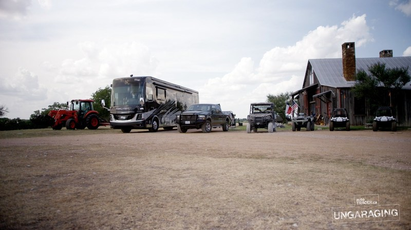 From an enviable collection of vehicles including his infamous RV, to life on the ranch, Ungaraging takes a look at the vehicles and the role they play in Burns' life. (CNW Group/autoTRADER.ca)