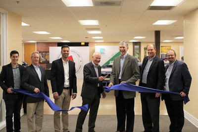 Ribbon-cutting ceremony at opening of Epson Certified Solution Center at IT Supplies in Chicago.