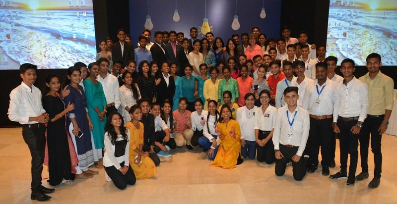 Alumni at the GE HCI Alumni Day (PRNewsfoto/GE Healthcare Institute)