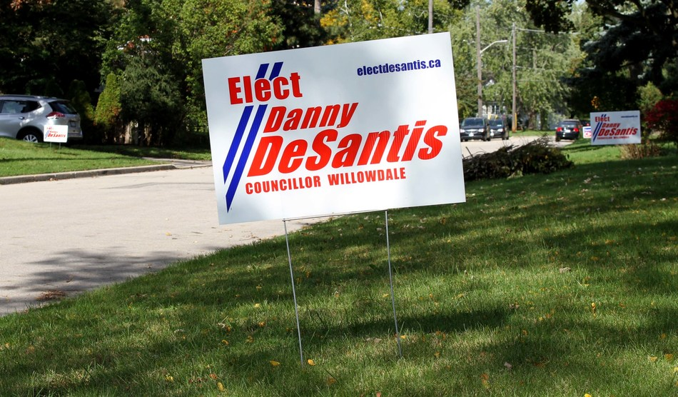 Vote to Elect DeSantis, City Councillor Candidate, Ward 18 Willowdale - Why is Danny DeSantis a better choice for voters in Willowdale riding than John Filion? (CNW Group/Danny DeSantis Election Campaign)