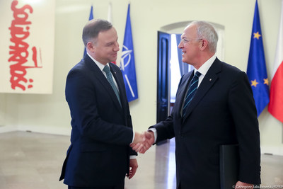 Polish President Duda (left) welcomes Knights of Columbus Supreme Knight Carl Anderson