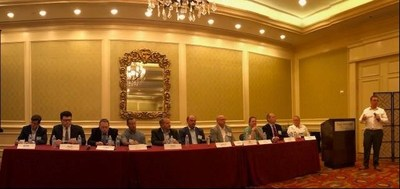 Picture of industry leaders participating in UPPI's roundtable discussion