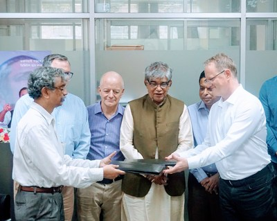 Hilliard exchanges signed MoU with Barkatullah Also Pictures (left to right): Jim Marascio, Accelerance CTO, Hugh Morgan, Accelerance VP of Strategy and Mustafa Jabbar, ICT Minister