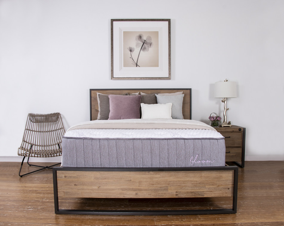 The eco-friendly Bloom Hybrid by Brooklyn Bedding made its debut to favorable reviews at the Las Vegas Market in July. Now available nationwide at BrooklynBedding.com, the Bloom Hybrid pairs sustainably sourced materials—including Talalay latex, Joma Wool™ and organic cotton—with proprietary individually encased coils for a healthier night's rest.