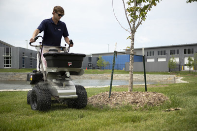 Ferris adds commercial turf care to the lineup
