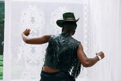 ON COME EASY JAM DO - Dana Michel © Yuula Benivolski (Groupe CNW/Musée d'art contemporain de Montréal)