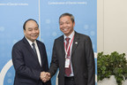 Vietnam's PM Nguyen Xuan Phuc congratulated CMC Chairman Nguyen Trung Chinh